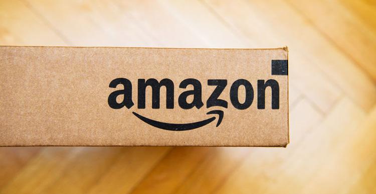 """亚马逊中国发布《2017跨境网购趋势报告》 增加全新""""10美元及以下包邮""""类别"""