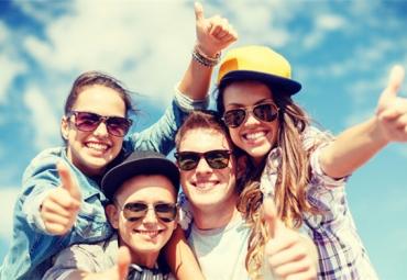 亚马逊主导美国青少年网购习惯